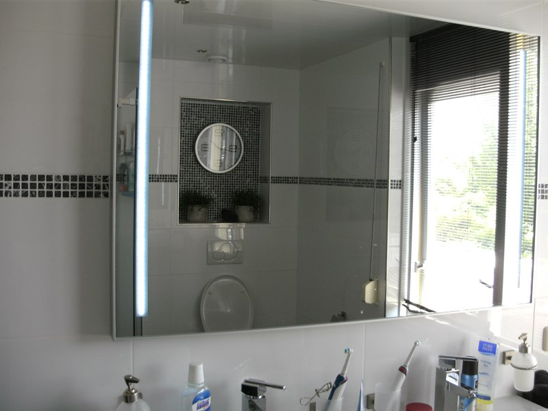 Ikea Badkamer Wandlamp ~ Keukens Badkamers Keuken En Badshop Horst Limburg Badkamer Prachtige
