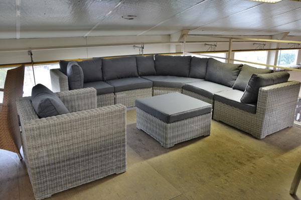 Tuinmeubel outlet megadump nunspeet loungesets tuinset tuinkussens picknicktafel zweefparasol - Moderne hoek lounge ...
